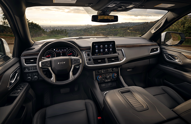 Interior front cockpit of a 2021 Chevy Tahoe
