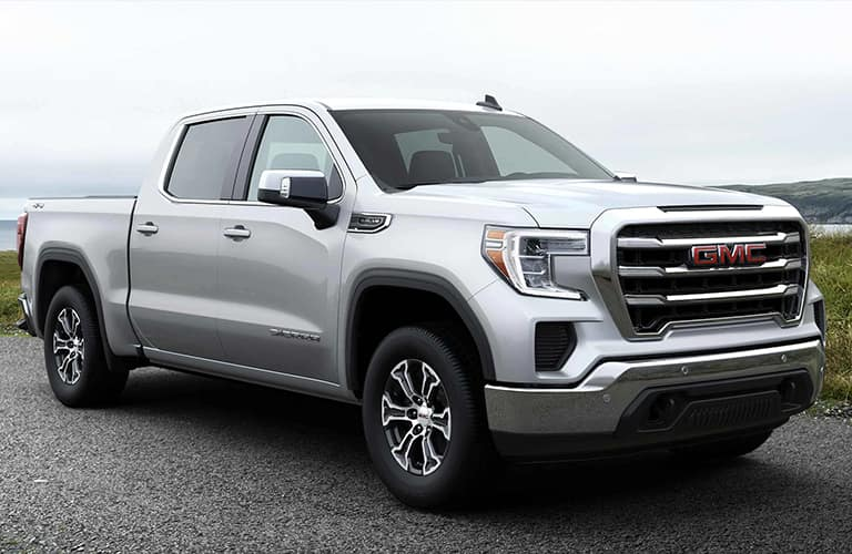 2021 GMC Sierra 1500 side/angled front view