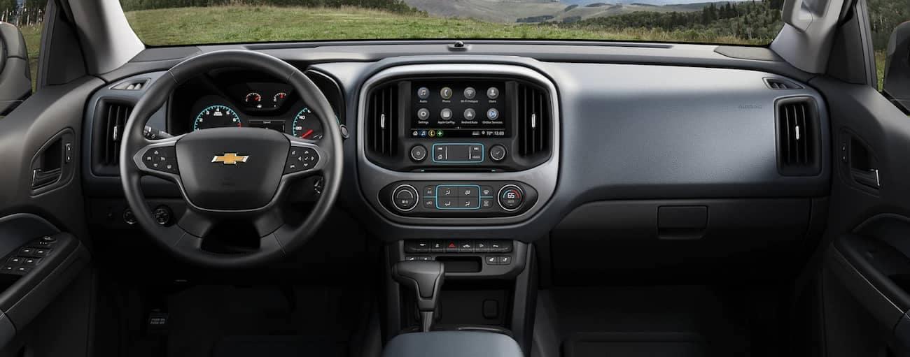 The high tech grey interior of the 2019 Chevy Colorado