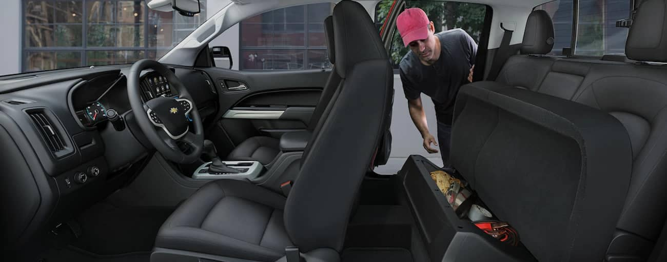The versatile interior storage of the 2019 Chevy Colorado