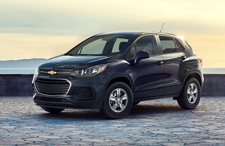black chevrolet trax front side view