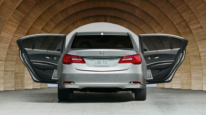 2017 Acura RLX Exterior Rear Angle