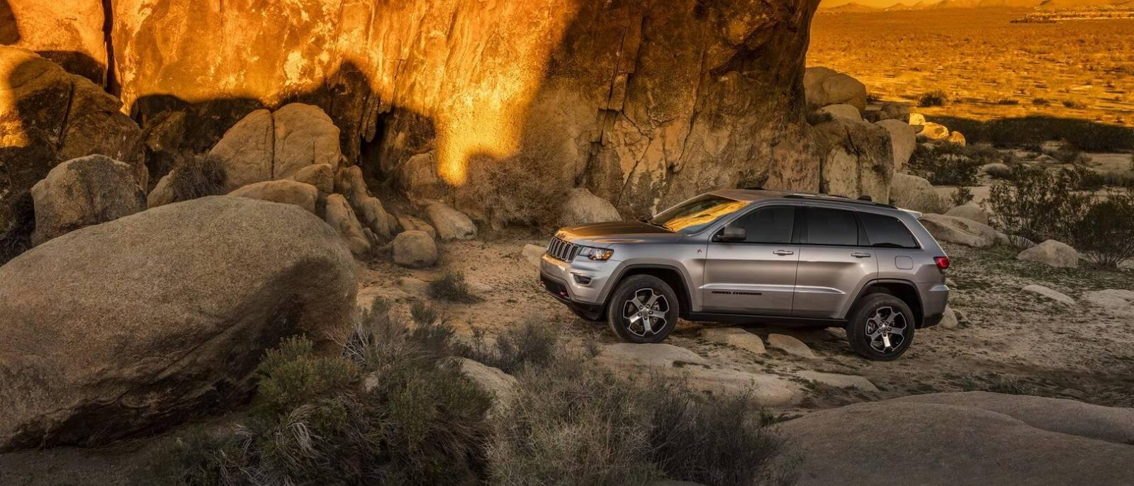 2017 Jeep Grand Cherokee parked
