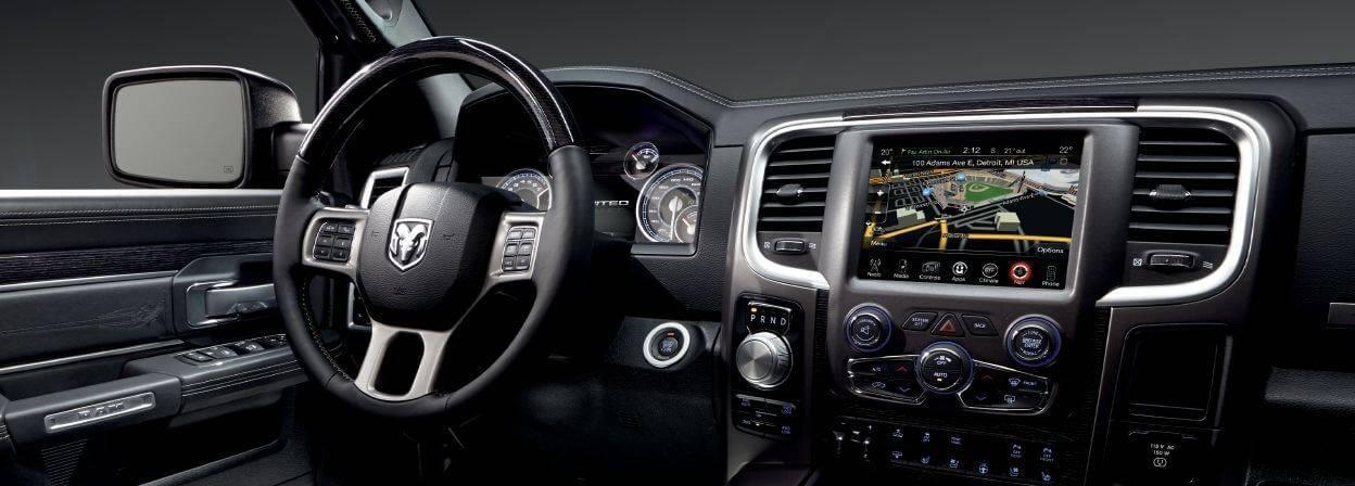 2017-ram-1500-front-interior