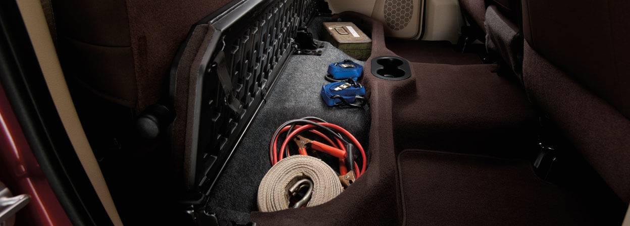 2017-ram-1500-interior-storage