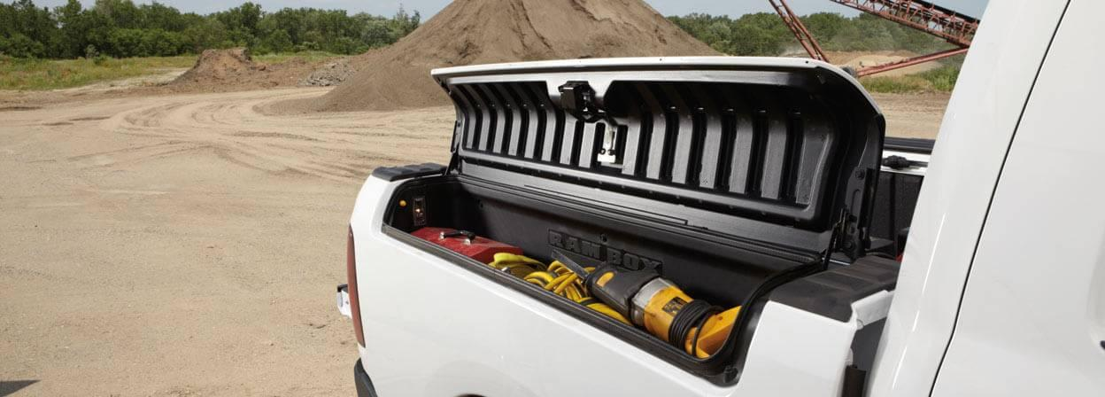 2017-ram-1500-truck-bed-compartment
