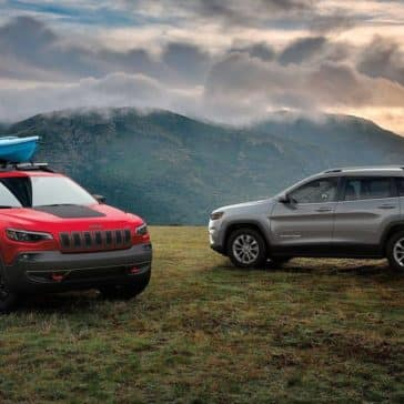 2019 Jeep Cherokee Canada red silver outdoors