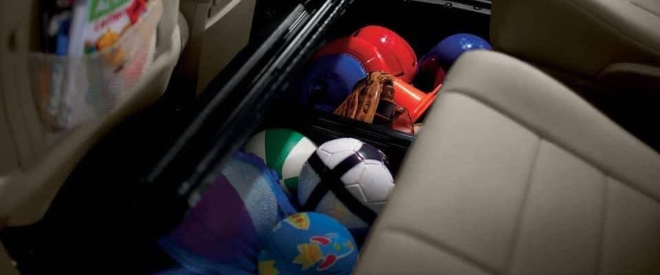 2019 Dodge Grand Caravan back seats stow 'n go