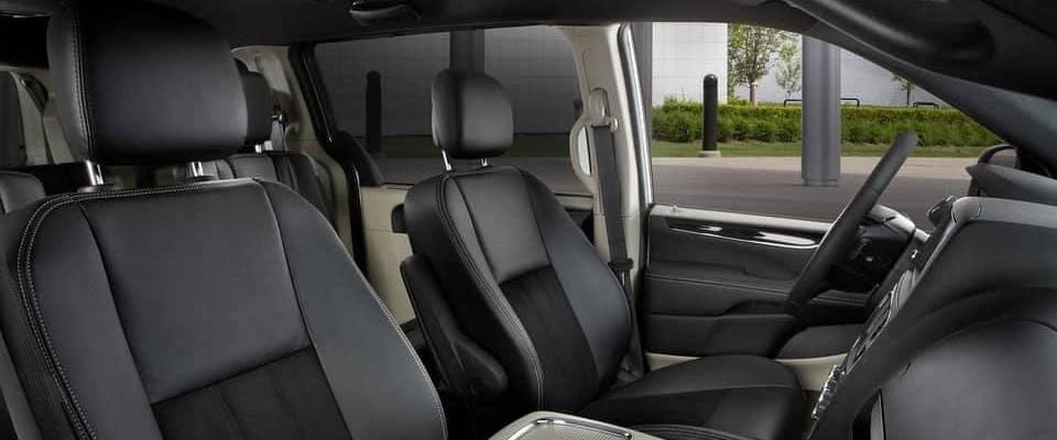 Driver and passenger seats of 2019 Dodge Grand Caravan