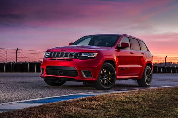 2019 Jeep Grand Cherokee At Dusk