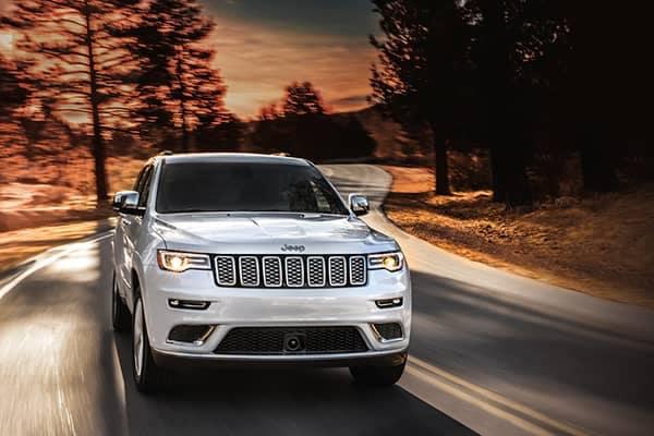2019 Jeep Grand Cherokee Driving