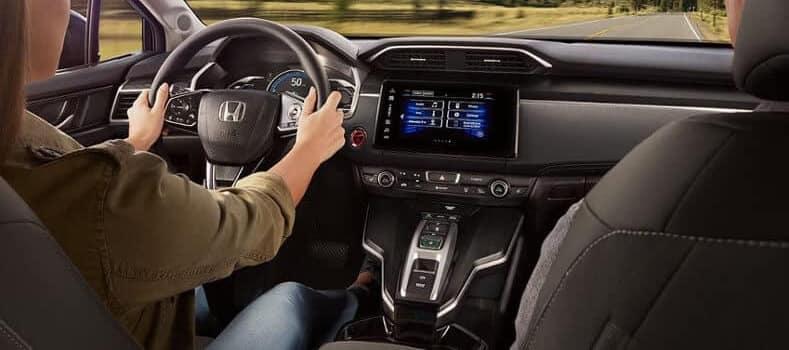 Woman driving the 2018 Honda Clarity