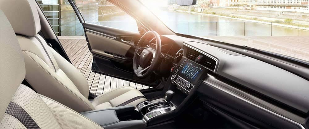 2019 Honda Civic Interior Front Seating and Features
