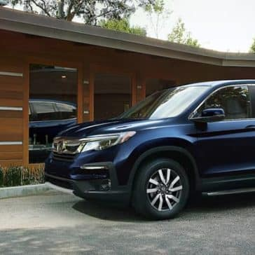 2020 Honda Pilot Parked in Driveway
