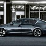 2017 Acura RLX Exterior Side Profile