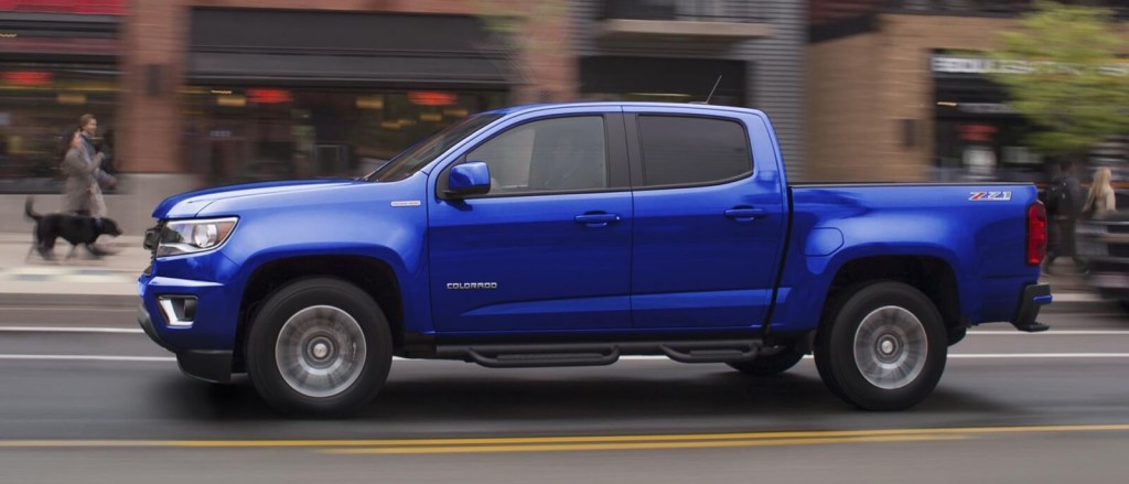 2017 Chevrolet Colorado side view