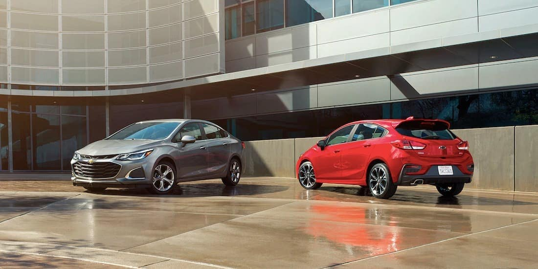 2019 Chevy Cruze sedan and hatchback