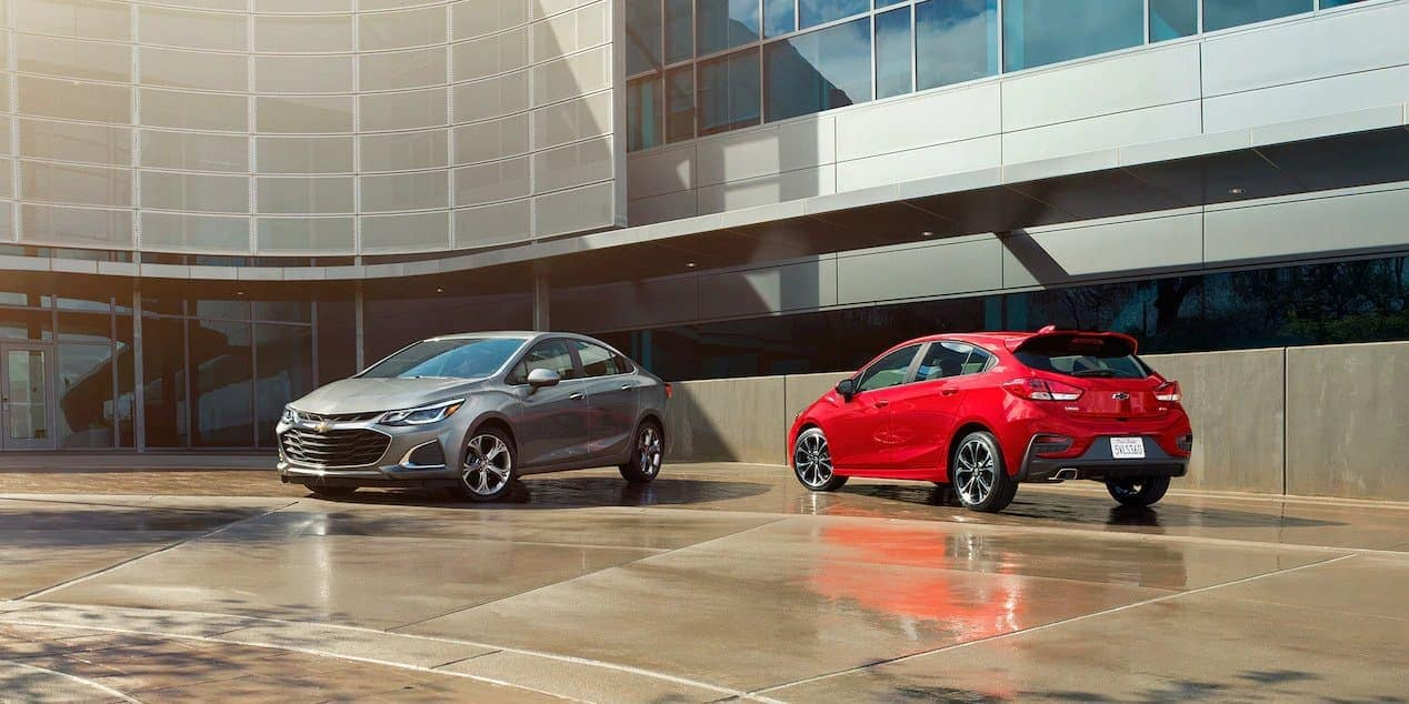 2019 Chevrolet Cruze sedan and hatchback exterior