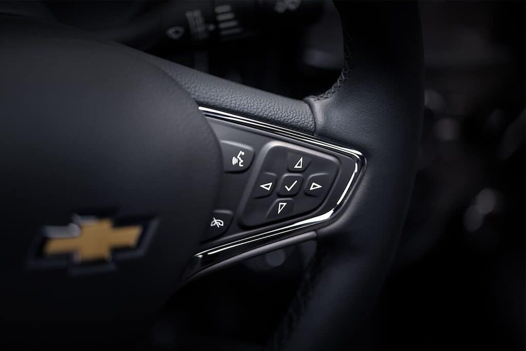 Chevy Infotainment 3 Steering Wheel Buttons and Voice Controls