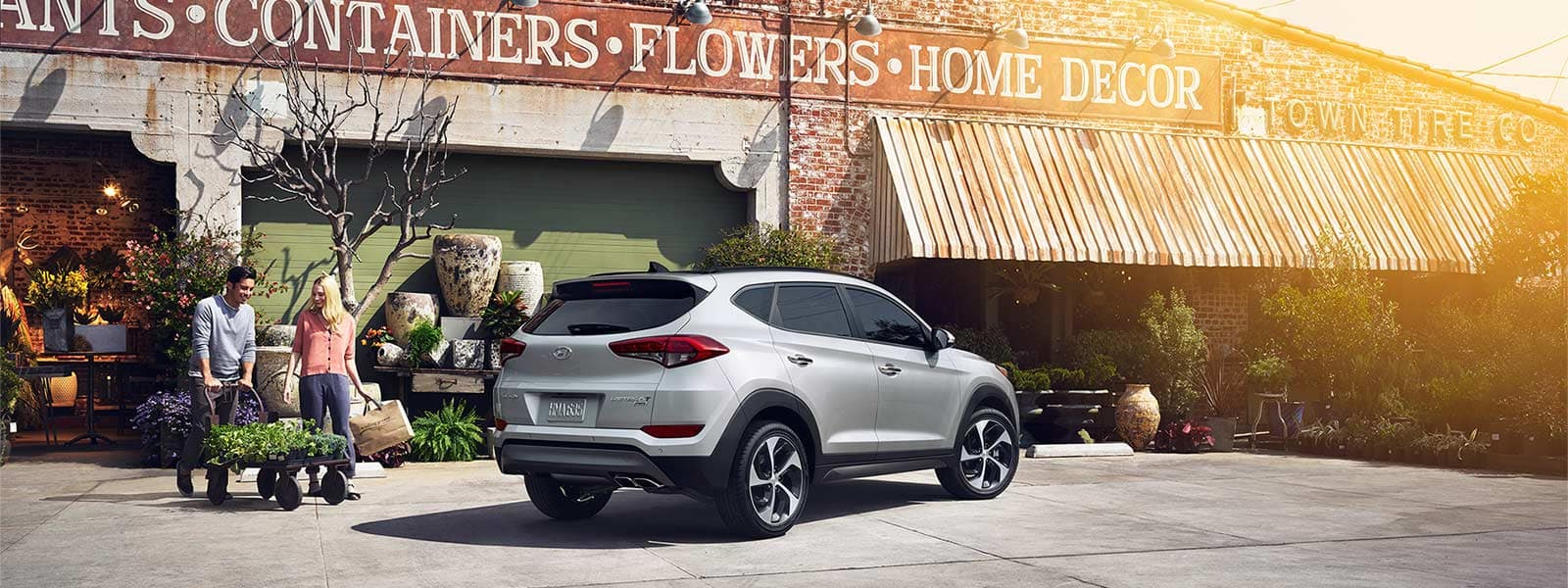 2016 Tucson Limited Ultimate Silver 0026 Storefront