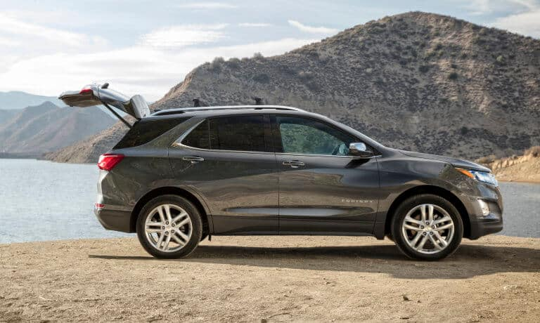2020 Chevy Equinox lift-gate