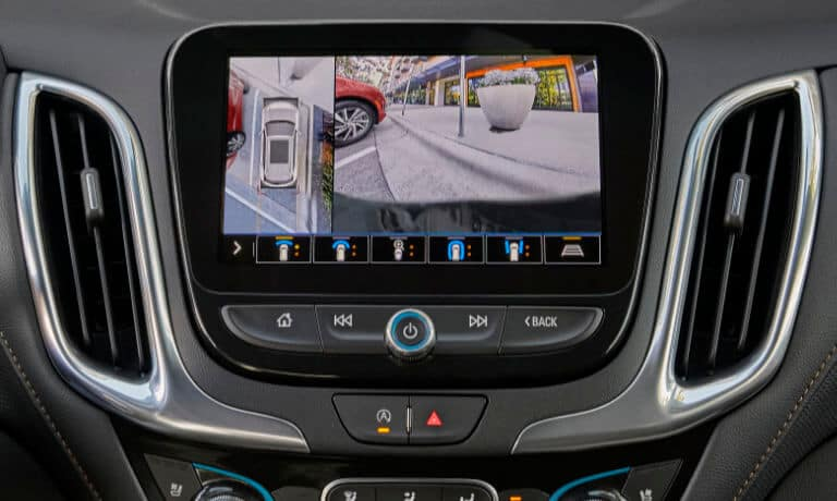 2022 Chevy Equinox interior infotainment view