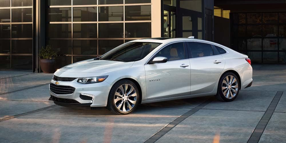 2018 Chevrolet Malibu 3 quarter view