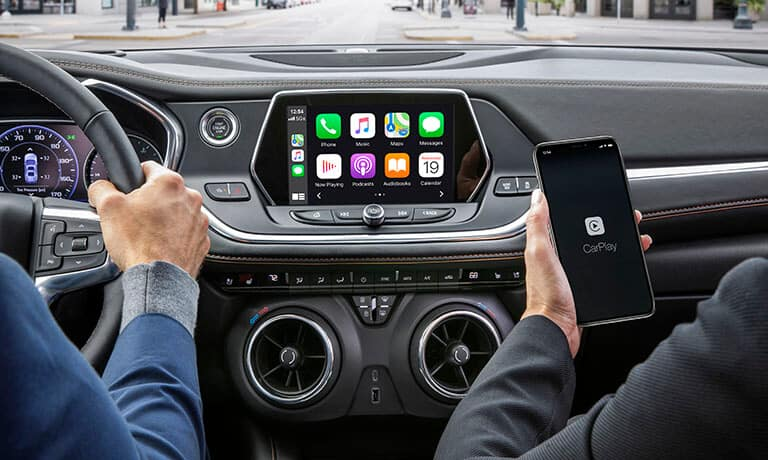 2021 Chevy Blazer interior infotainment Apple CarPlay