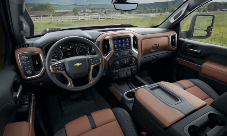 2021 Chevy Silverado 2500 interior front