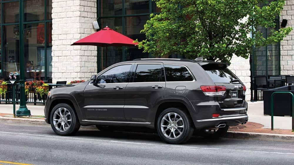 2019 Jeep Grand Cherokee parked outside of cafe