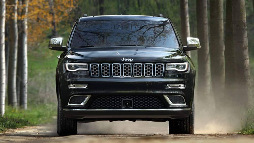 2019 Jeep Grand Cherokee front view