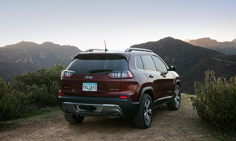 2020 Jeep Cherokee Parked on a cliff