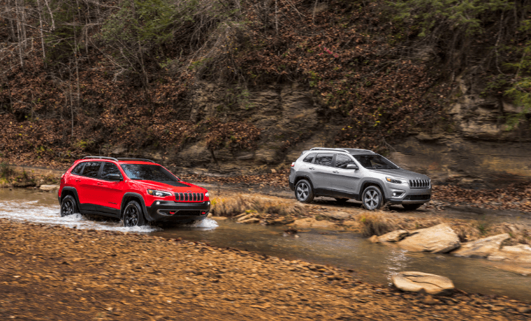 2021 Jeep Cherokee driving through water
