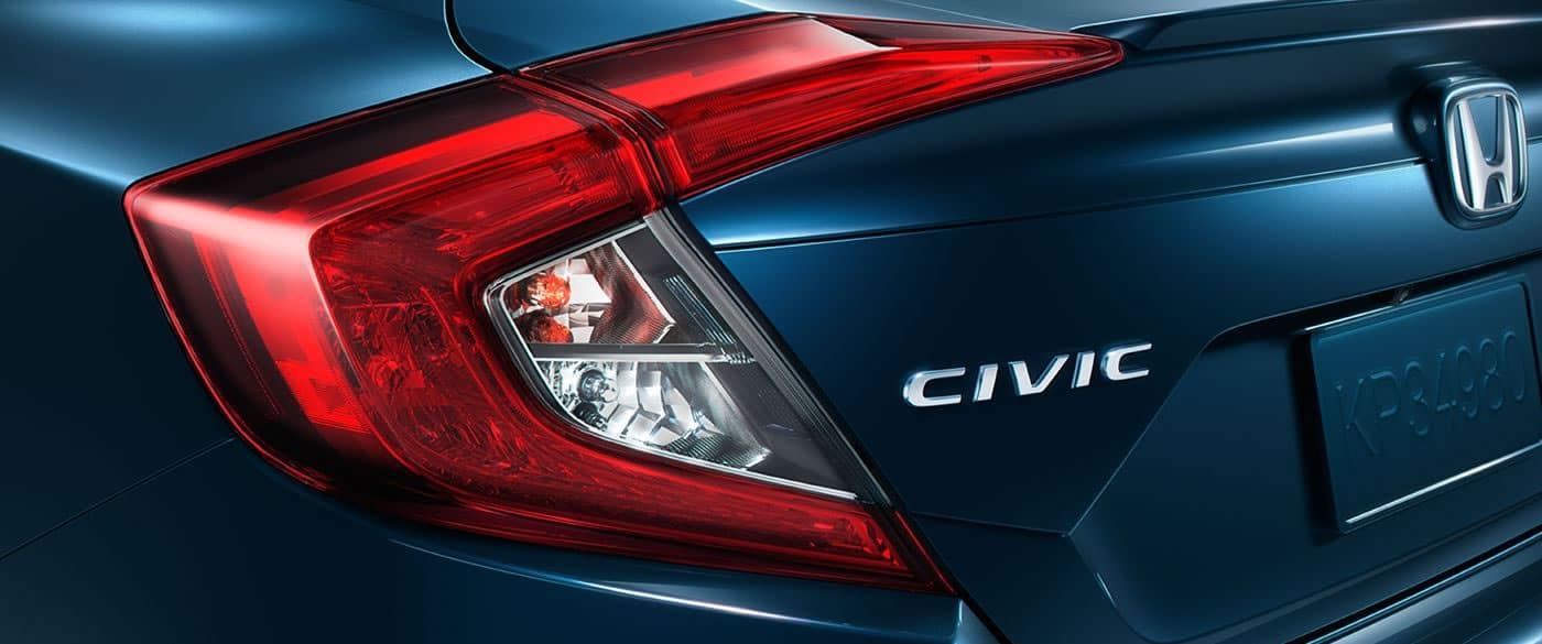 2018 Honda Civic taillight up close