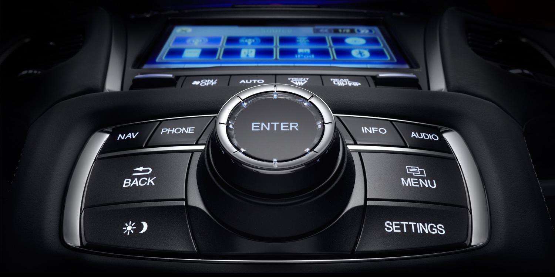 2016 Acura RLX On Demand Multi-Use Display