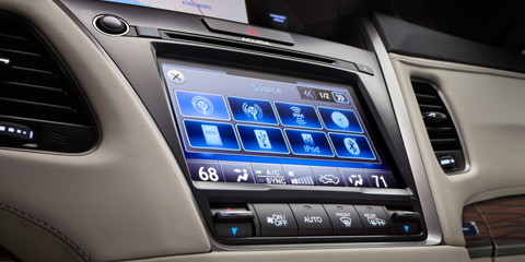 2016 Acura RLX On Demand Multi-Use Display