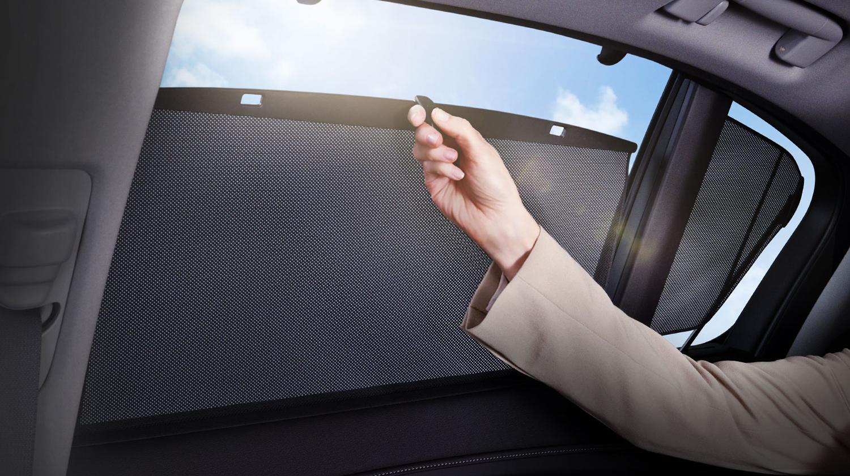 2017 Acura RLX Interior Sun Shades