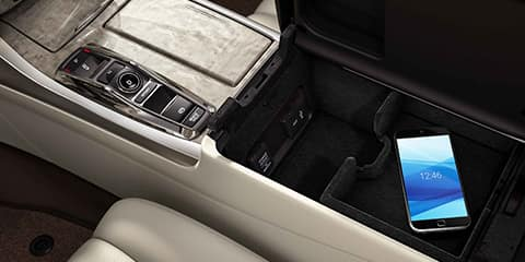 2018 Acura RLX Smart Cabin Storage