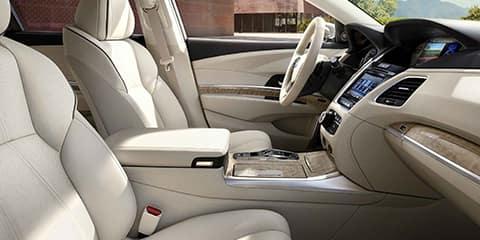 2018 Acura RLX Front Cabin