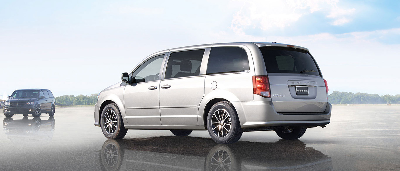 2015 Dodge Grand Caravan profile