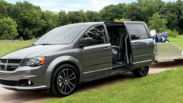 2017 Dodge Grand Caravan towing