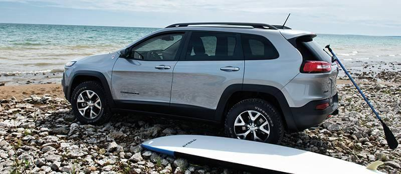 2017 Jeep Cherokee Trailhawk Exterior Gallery 1