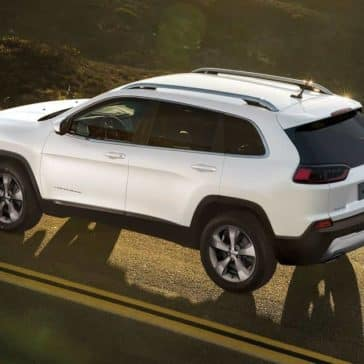 2019 Jeep Cherokee White