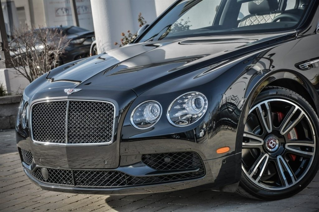 2017 Bentley Flying Spur V8 Exterior