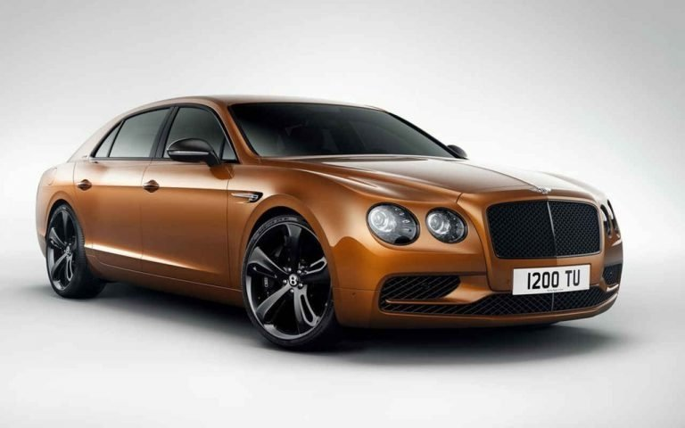 2018 Bentley Flying Spur Front Angle