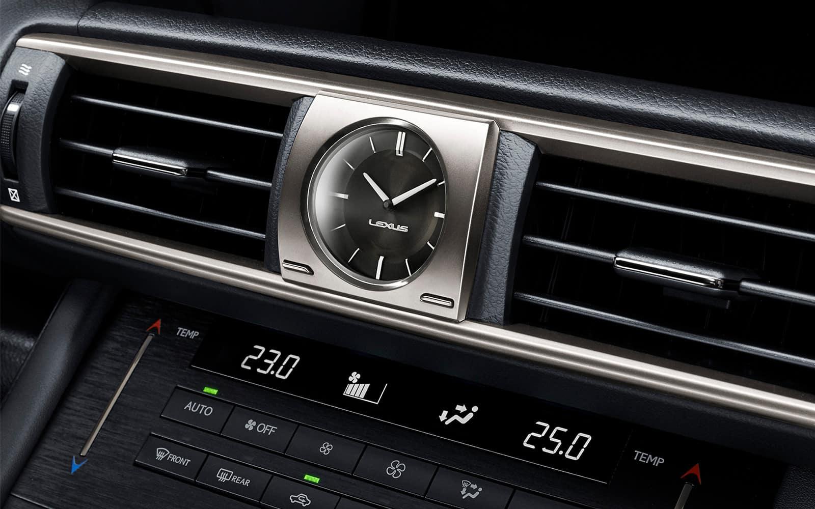 lexus-2018-is-analog-clock-l