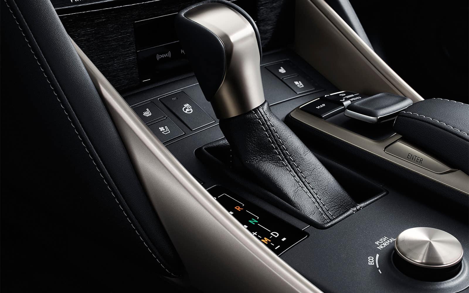Lexus-2018-is-shift-lever-l