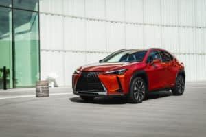 Lexus_UX_250h_Cadmium_Orange_