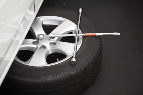Tools for tire change