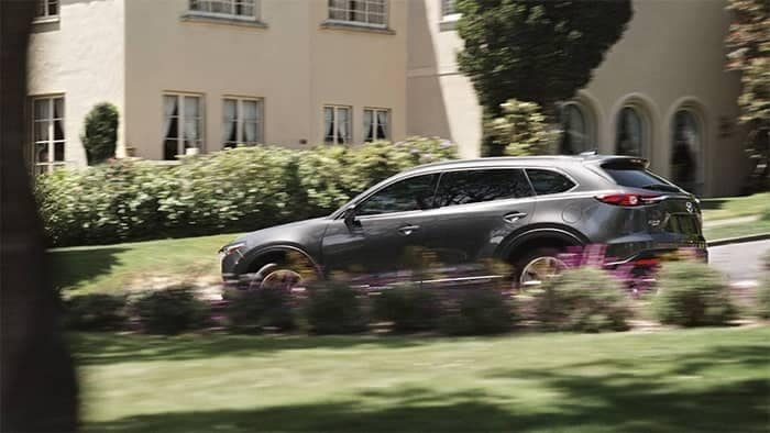 2019 Mazda CX-9 Driving Through Subdivision